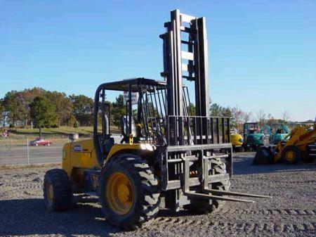 Where to find FORKLIFT STRAIGHT MAST 21  4WD in Fallbrook