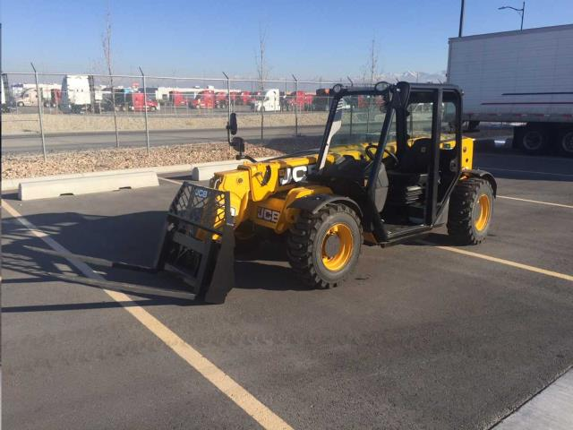 Where to find FORKLIFT REACH SMALL 505-20TC in Fallbrook